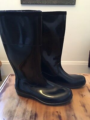 Size 10 KAMIK, Ladies, Gray Rain Boots/Snow Boots/ Shoes Gently-Used EUC