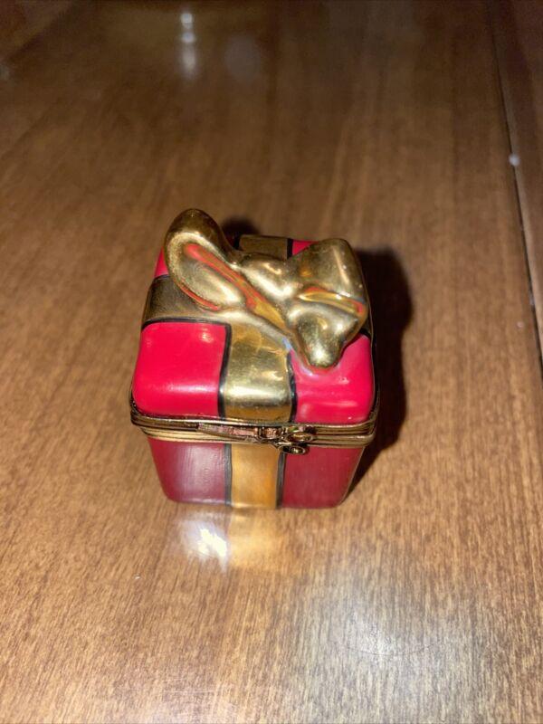 peint main limoges france trinket red christmas gift box