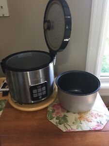 Slow cooker / rice cooker