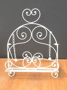 Gisela Graham White Metal Recipe Cook Book Stand Holder