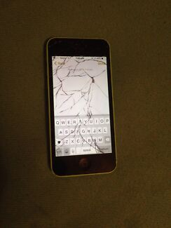 iPhone 5c cracked screen Canning Vale Canning Area Preview