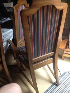 2 beautiful captain chairs London Ontario image 5