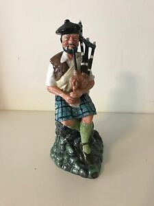 Royal Doulton - The Piper HN 2907 Hazelwood Park Burnside Area Preview