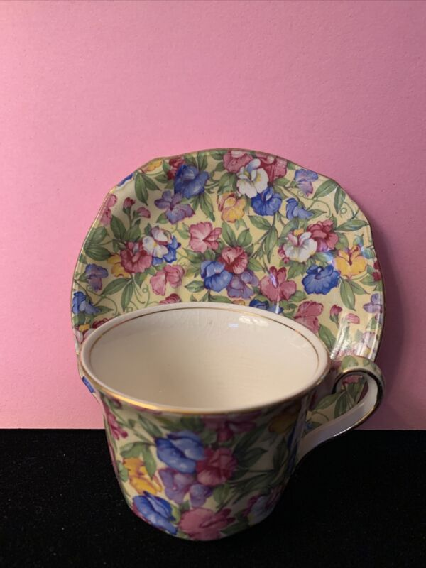 VINTAGE ROYAL WINTON CHINTZ SWEET PEA CUP AND SAUCER SET
