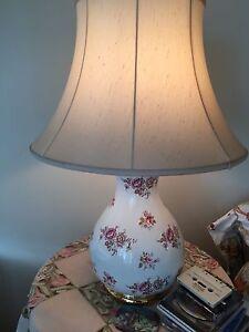 2 vintage porcelain lamps