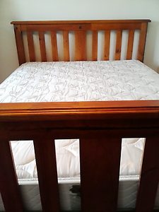 Beautiful wooden Bounty queen bed with firm Sealy mattress Daisy Hill Logan Area Preview