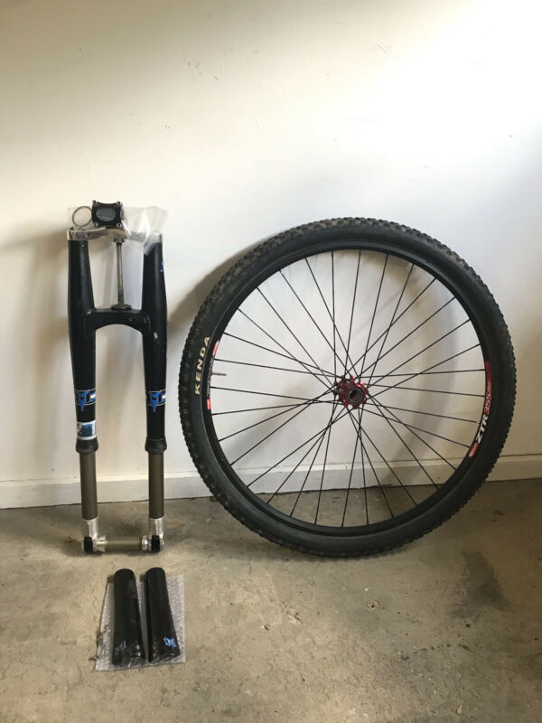 """29"""" Maverick DUC32 fork & stem + Stans laced to Industry 9 29"""" front wheel combo"""