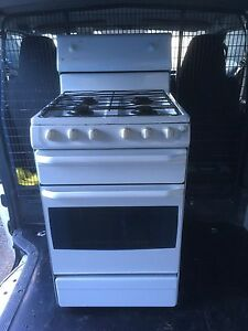 upright stove Leppington Camden Area Preview