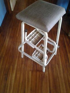 Foldout stool