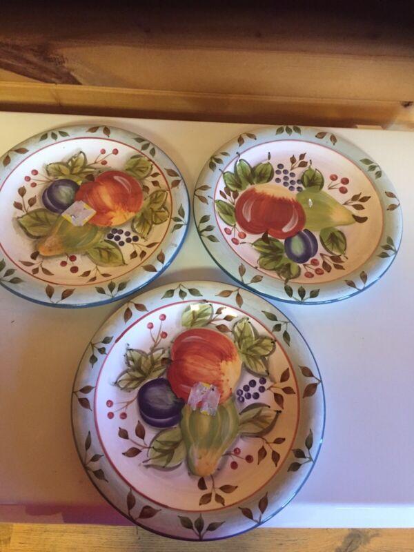 Vintage Heritage Mint Black Forest Fruits Set Of 3 10 1/2 Inch Dinner Plates