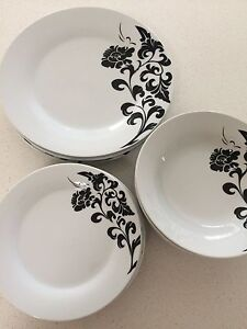 Crockery (plates, side plated and breakfast bowls) Cleveland Redland Area Preview
