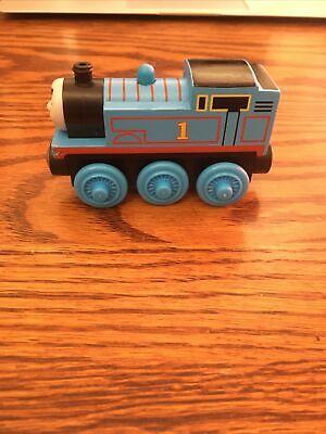 THOMAS & FRIENDS WOODEN RAILWAY THOMAS #1 BLUE TRAIN (Y4083)