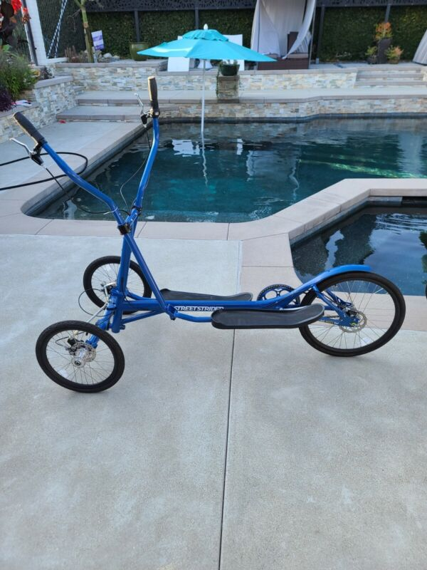 Street Strider 3i with Indoor Riding Stand