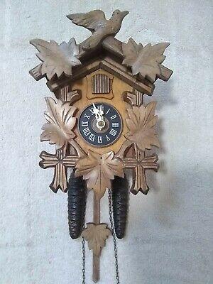 Vintage black forest mechanical German cuckoo clock superb working condition
