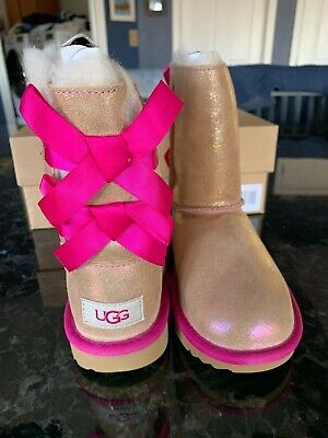 Ugg Girls Bailey Bow (NIB Ugg Australia Bailey Bow II Shimmer Boots Girls Size 1 EU)