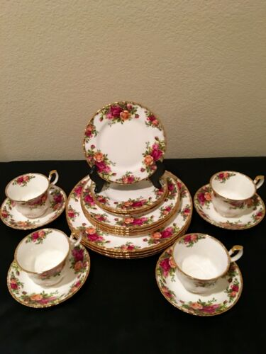 ROYAL ALBERT OLD COUNTRY ROSES ~ SERVICE FOR 4 ~ TOTAL 20 PCS ENGLAND ~