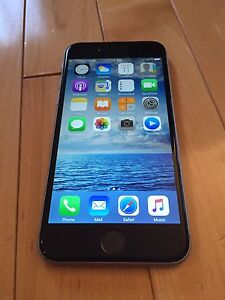 Apple iPhone 6 Black 64GB excellent condition locked Rogers
