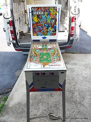 1973 Pro-Football Pinball Machine by Gottlieb, D. & Co.