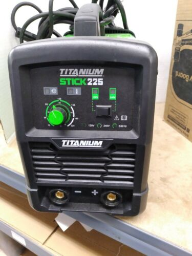 TITANIUM Stick 225 Inverter Welder With Electrode Holder