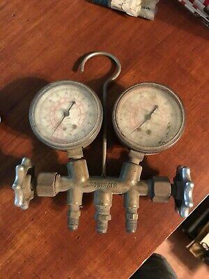 Vintage Brass Robinair Hvac Freon Ac Manifold Gauge Set Old Air Conditioning