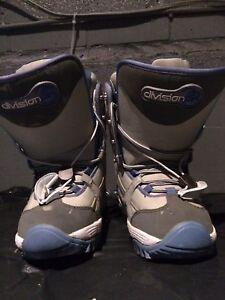 Bottes planche à neige grandeur US 5/ Mondo 23 snowboard boots