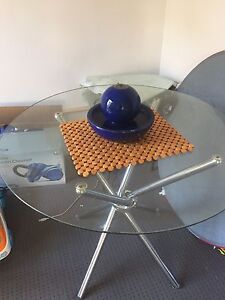 Glass table Westmead Parramatta Area Preview
