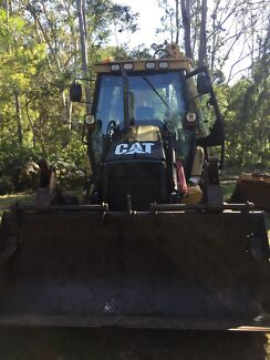 cat 432d back hoe with all buckets Maraylya The Hills District Preview