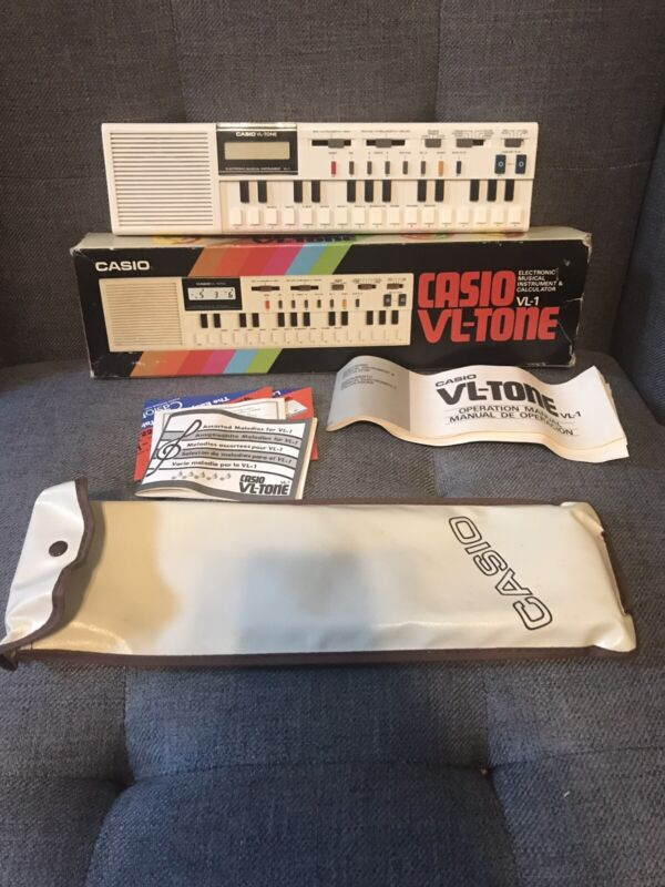 Vintage 1979 CASIO VL-Tone Elect/ musical instrument & Calculator keyboard