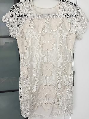 Rare Chalk White Lace Argentine Dress Size 2 Revolve  As Seen On Kendall Jenner