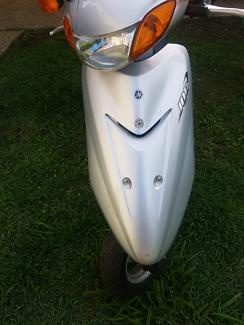Yamaha jog scooter 2004 great conditio