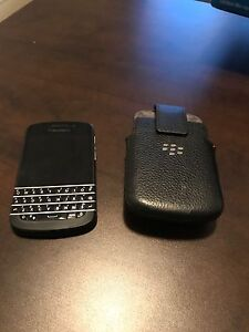 Blackberry Q10 with case