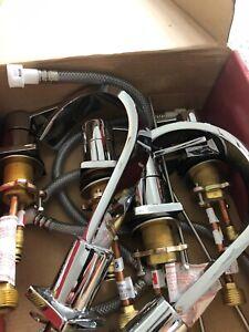 Brand new AquaSource faucet set (chrome)