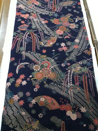 @@ 160 cm x 34 cm  Japanese kimono silk fabric/ Chirimen crepe/ midnight FX38