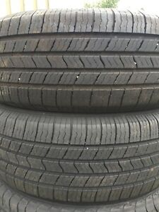 P215/65/16 inch Michelin All Season Tires / LOTS OF TREAD