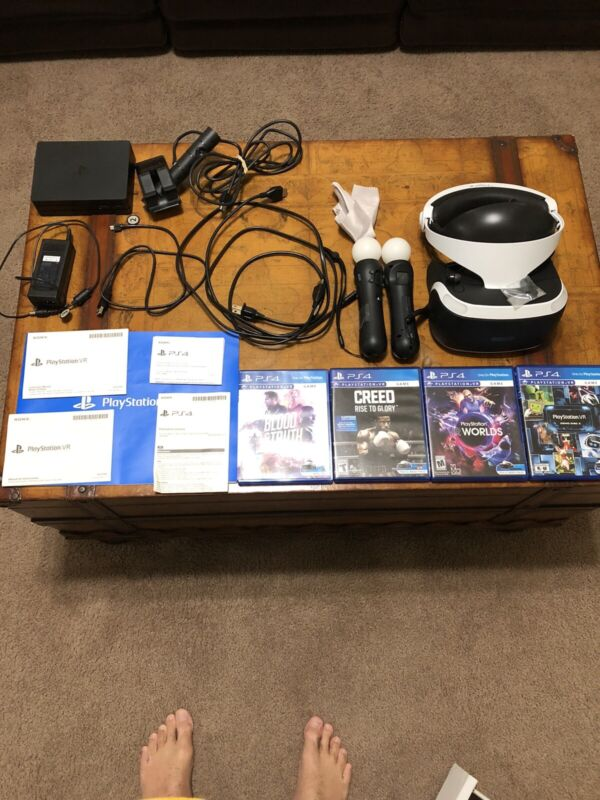 Sony PS4 VR Bundle with 4 Games Creed Blood & Truth Worlds & Demo Disc 3