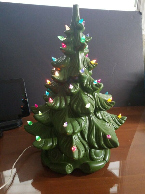 Ceramic Christmas Tree Vintage Atlantic Mold with Base Light