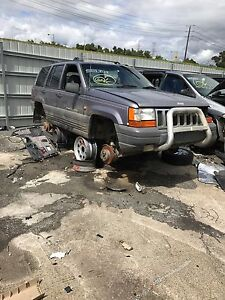 Jeep grand cherokee 1996 wrecking all parts available Dallas Hume Area Preview