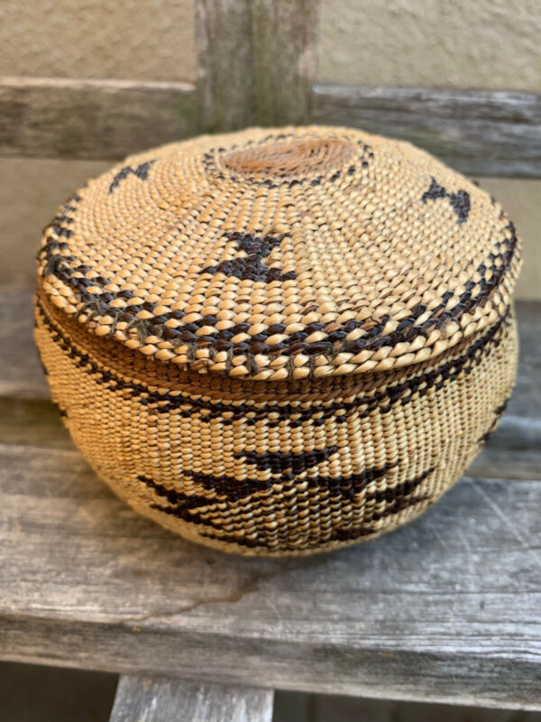 Very Pretty Antique Northern Calif. Hupa, Yurok, Lidded Basket, Great Condition