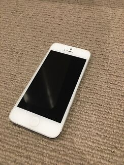 UNLOCKED iPhone 5- 16gb white Subiaco Subiaco Area Preview