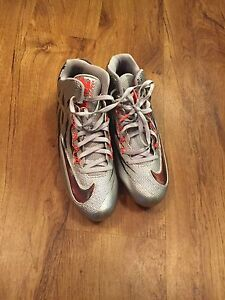 Really good football cleats only used a couple times