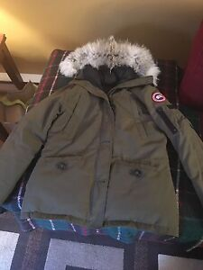 Authentic Canada Goose XL Olive Green