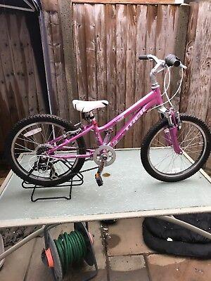 Trek Mt60 Girls Mountain Bike  20 Wheel Alloy Frame 6 Speed Ref 1763c