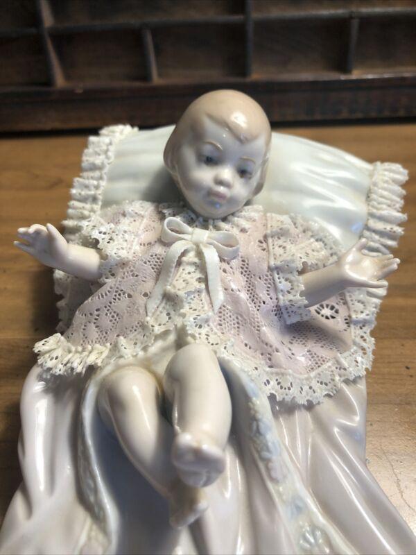 LLADRO #5617 LITTLE JOY: The Christening Retired!