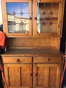 Pine Dresser Spearwood Cockburn Area Preview