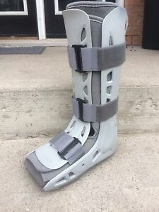$50 - Walking Air Cast - Medium