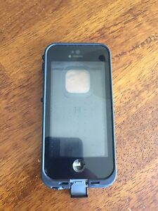 LifeProof Case for iPhone 5/5s/SE OBO
