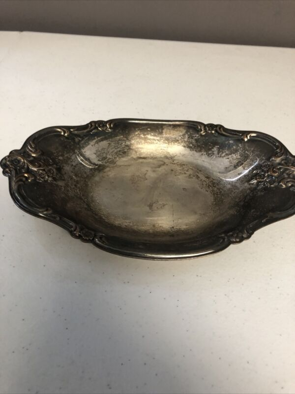 1 VINTAGE/ANTIQUE INTERNATIONAL SILVER CO/SILVERPLATE ROSES OVAL 448SERVING DISH
