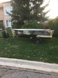 12' Camo Fishing/Hunting Boat