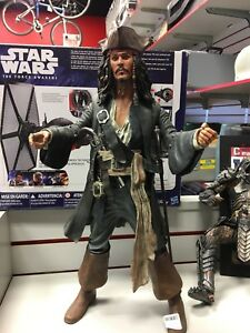 Statuette de collection Jack Sparrow