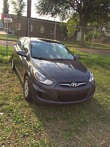Hyundai Accent 2012 low km 4 extra tiers remote starter